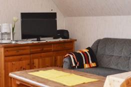 alfred-links-wohnzimmer