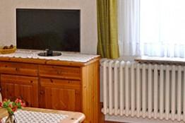 alfred-rechts-wohnzimmer